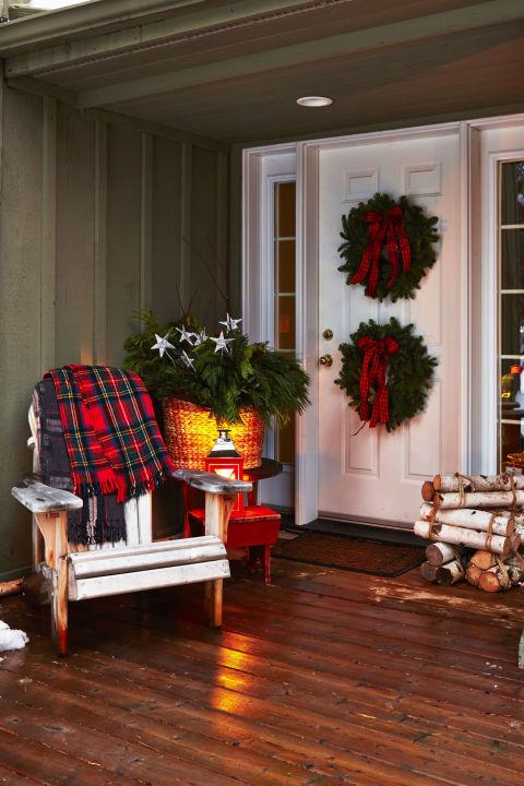 pair of wreaths