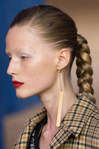 hårmode 2016, frisure, hårtrends 2016, stramme fletninger, normcore
