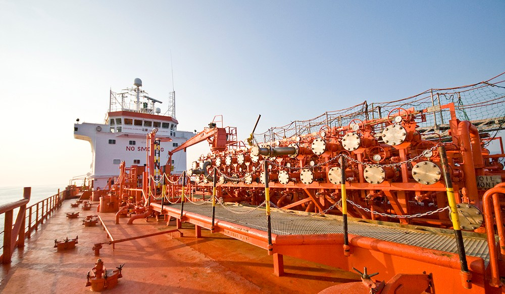 Chemical tankers: Hard to port