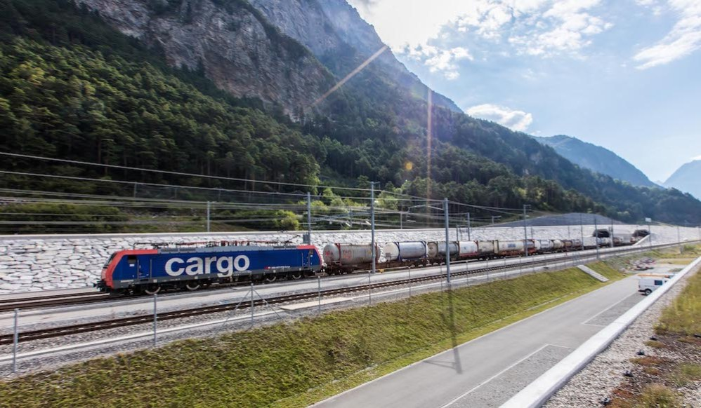 Digitisation: Train spotting