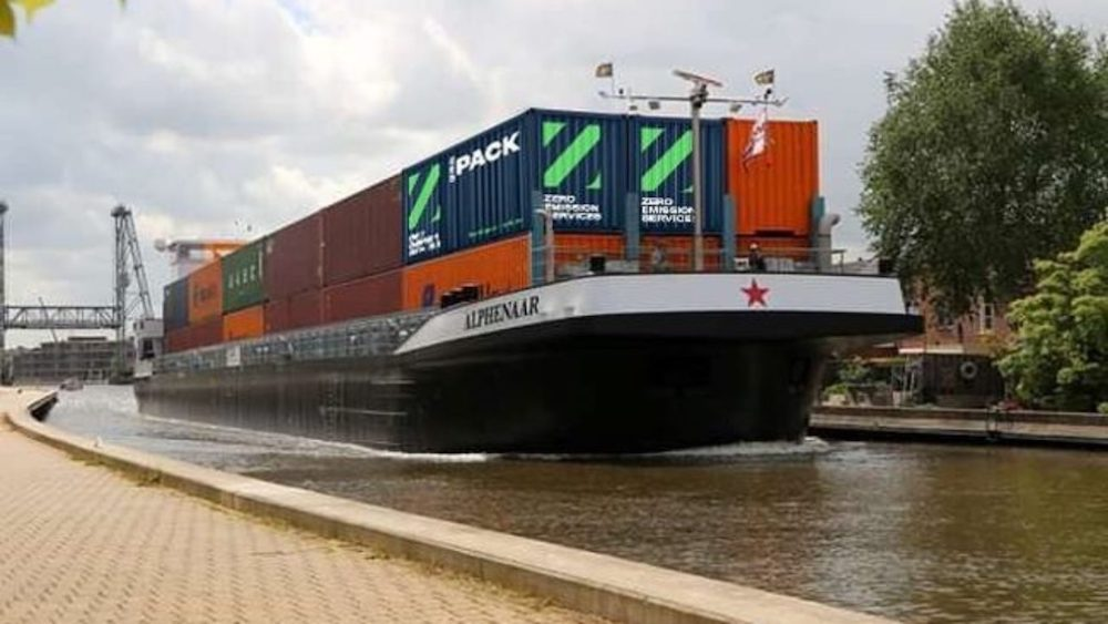 Inland shipping: Green river