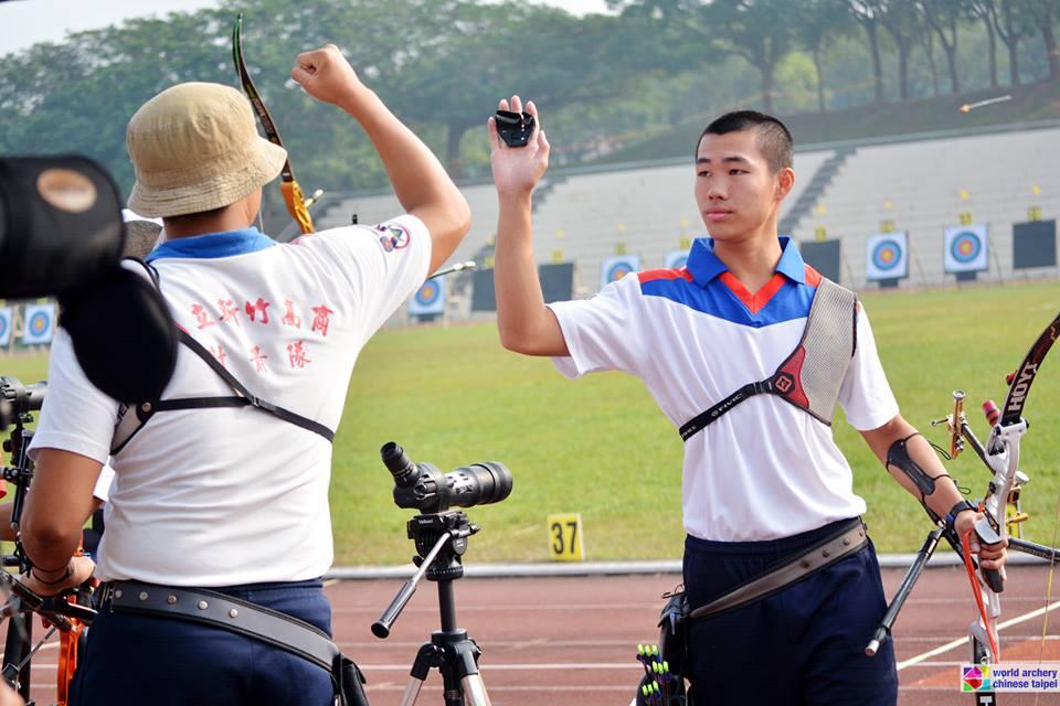 105年全國總統盃射箭錦標賽(105.11.23) - 新竹高商射箭社(隊)