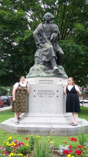 hawthorne statue salem