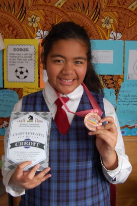 Ana-Renei and her Chess medal