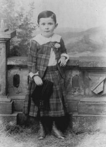 Markwood at a young age in a kilt