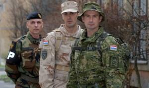 nove_uniforme