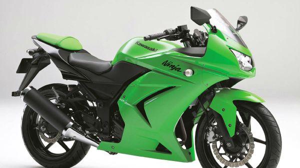 2010 kawasaki ninja 250r bike hd wallpaper