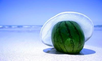 watermelon on the beach wallpaper