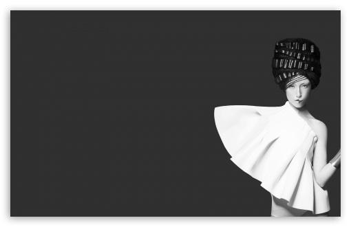 Black And White HD desktop wallpaper
