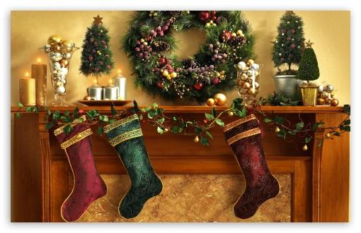Ipod 5 Wallpaper Hd Christmas Mantle With Stockings 4k Hd Desktop Wallpaper