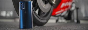 Motorola Edge 20 Pro (4.500mAh): live batteria da Misano con la MotoGP