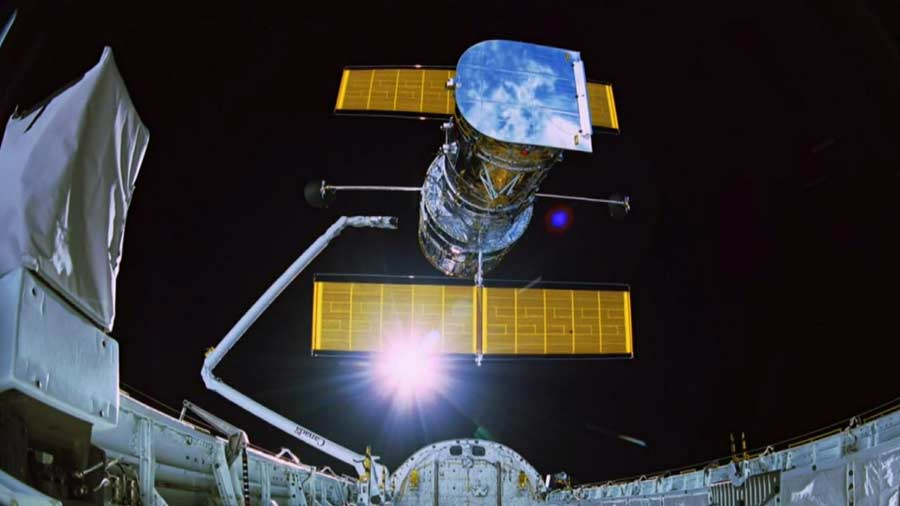 Hubble - The Wonders of Space Revealed — HDclump