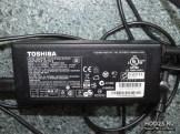 Prodam AC Adapter PA5035U-1ACA.JPG