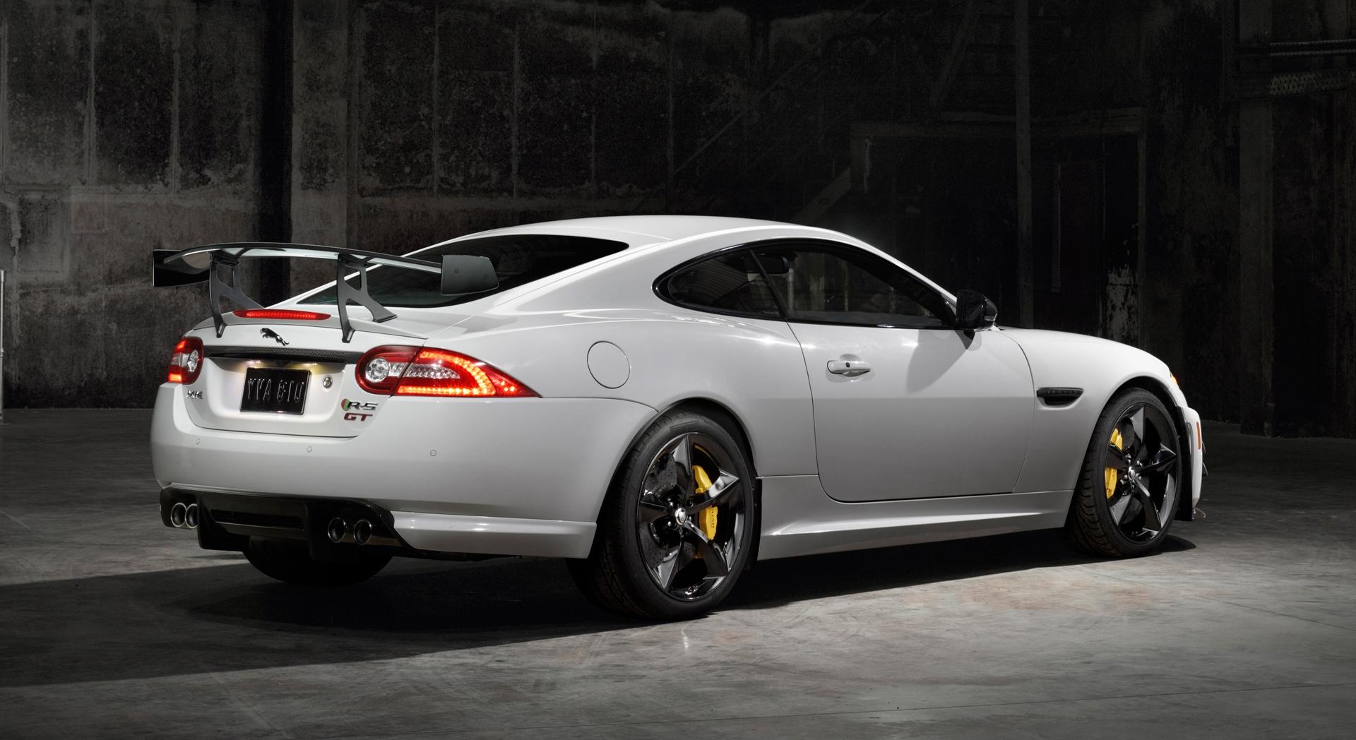 Jaguar Car Live Wallpaper Download Jaguar Xkr White Car Hd Desktop Wallpapers 4k Hd
