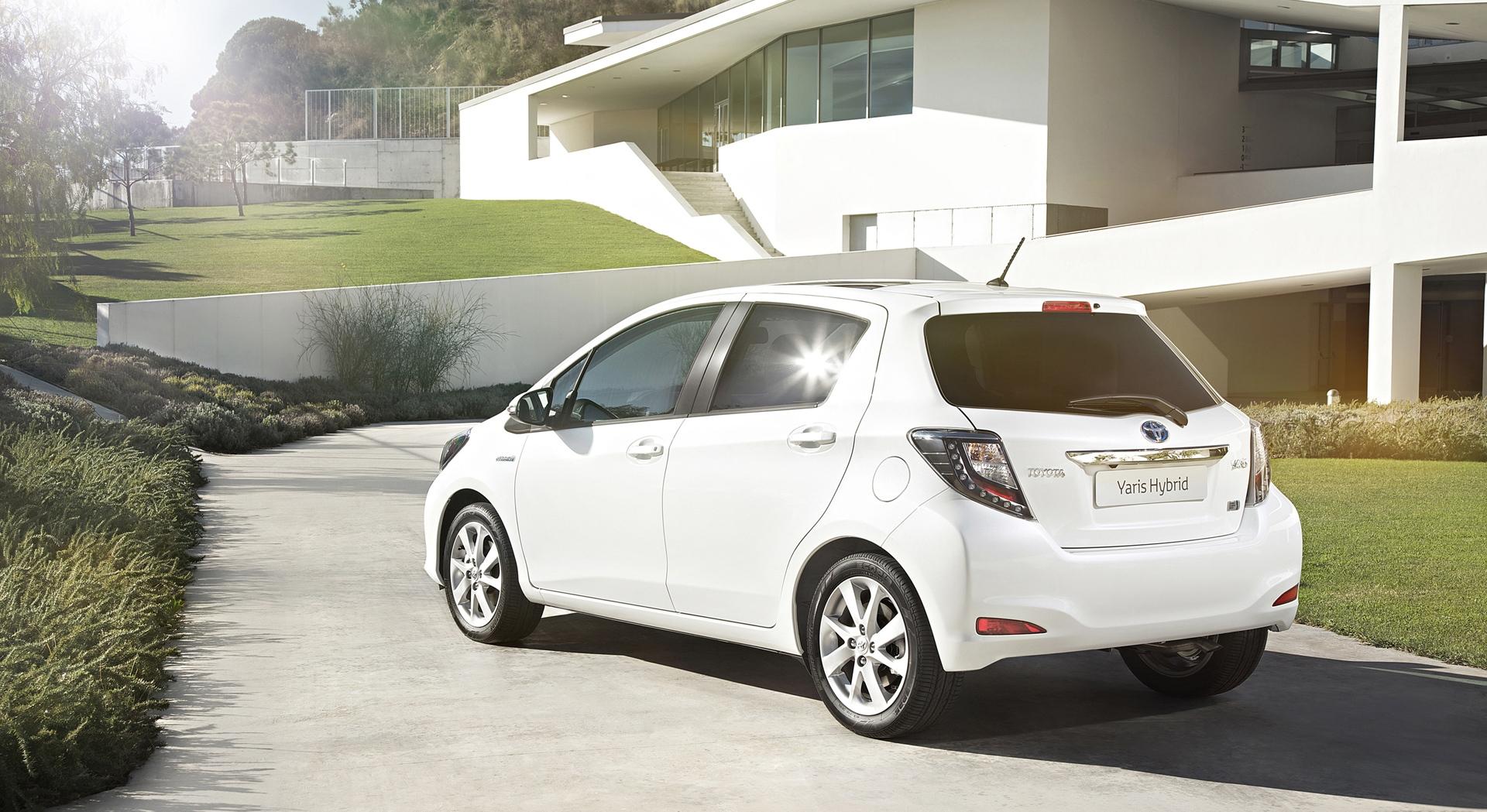 toyota yaris trd white grand new avanza modif velg hybrid rear hd desktop wallpapers 4k