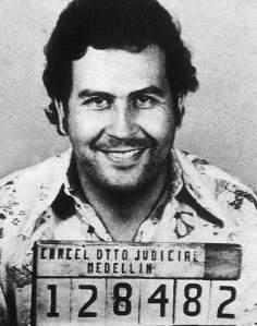Pablo Escobar quiere drogar a Cuba
