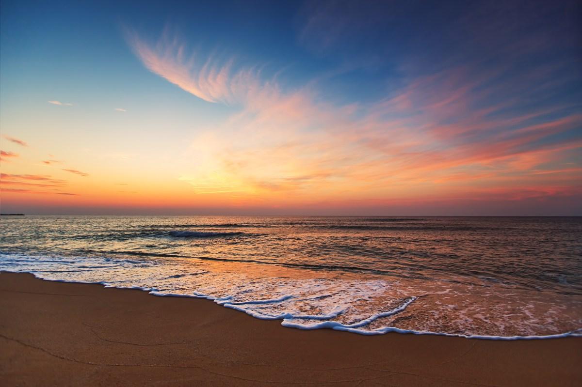 Beautiful Sunset Over Ocean Wave Hot Girl Hd Wallpaper