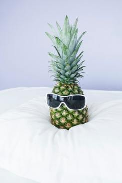 Just download pineapple wallpapers with glassis wearing