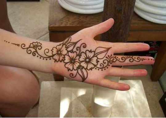 Floral-Arabic-simple-Mehndi-Designs