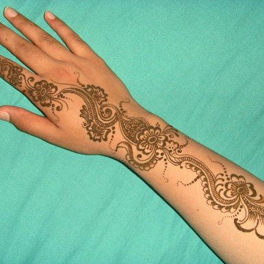latest Mehndi design for Ramadan