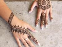 Simple-Eid-Mehndi-Design