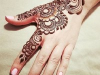 easy hand mehndi design