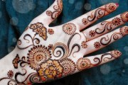 Simple and Easy Mehndi Designs Images