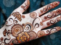simple front hand full mehndi design