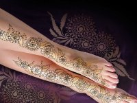 15-beautiful-floral-mehndi-designs-for-legs