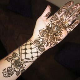 Best-Mehndi-Designs for children