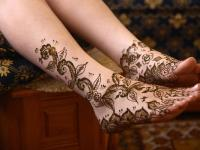 easy mehndi designs patterns for hands and legs for bridal functions'