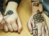 kids-mehndi-designs-simple Baby Girl