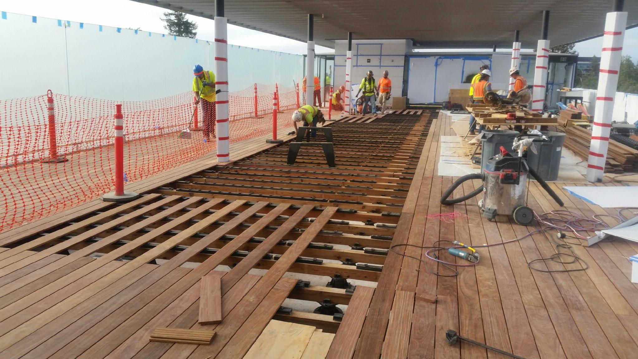 Cumaru Board Decking Over Buzon Pedestals