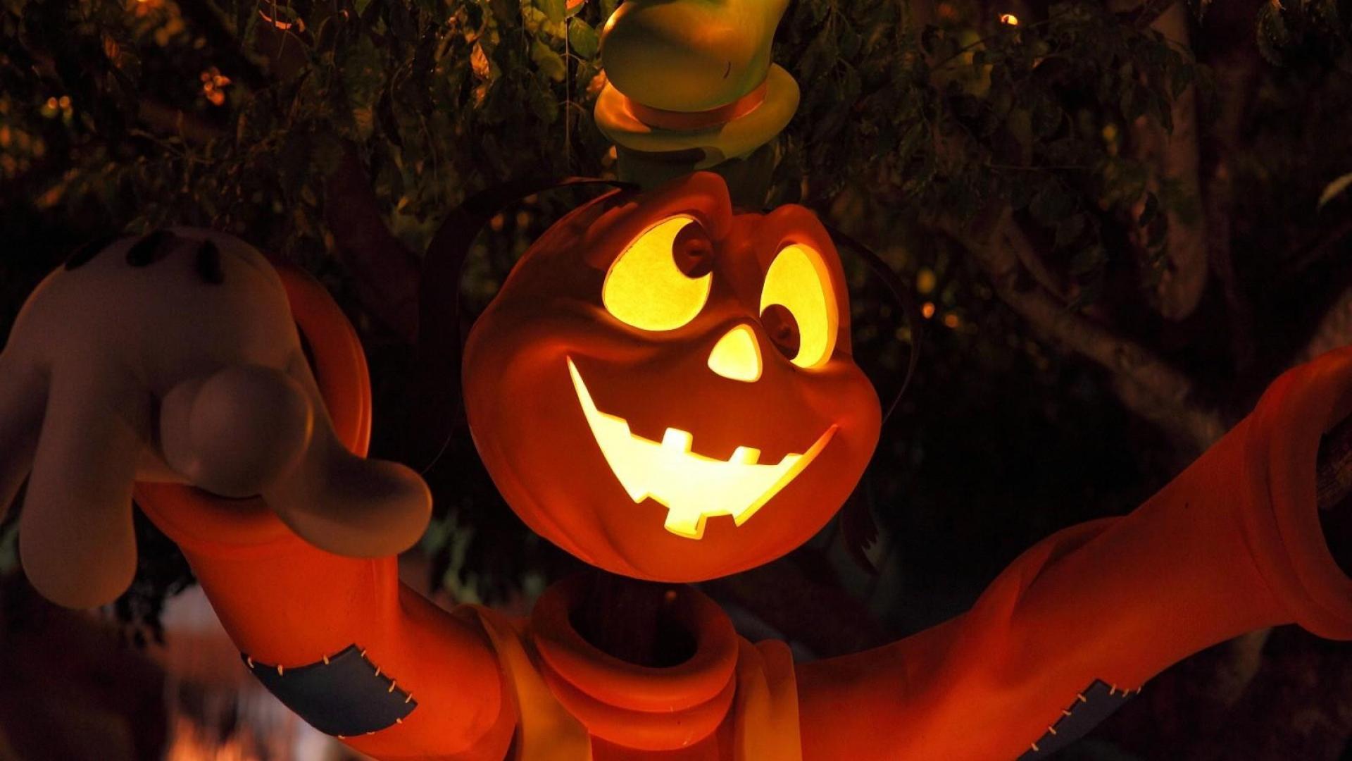 Animated Halloween Desktop Wallpaper Hd Hintergrundbilder Halloween Cartoon Baum Licht Augen