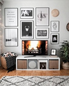41 DIY TV Gallery Wall Inspirations & How Tos 23