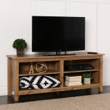 41 DIY TV Gallery Wall Inspirations & How Tos 27