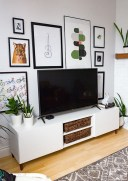 41 DIY TV Gallery Wall Inspirations & How Tos 30