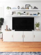 41 DIY TV Gallery Wall Inspirations & How Tos 33
