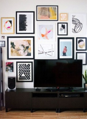 41 DIY TV Gallery Wall Inspirations & How Tos 7