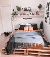 54 Aesthetic Teenage Bedroom Ideas Redecorating On A Budget 29