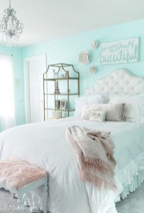 54 Aesthetic Teenage Bedroom Ideas Redecorating On A Budget 42