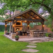 64 Brilliant Ways To Spruce Up Your Backyard This Summer 22