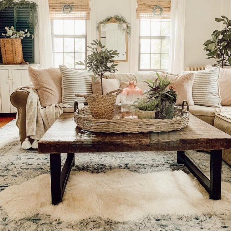 28 Living Room Furniture and Furnishings Home Decor 17