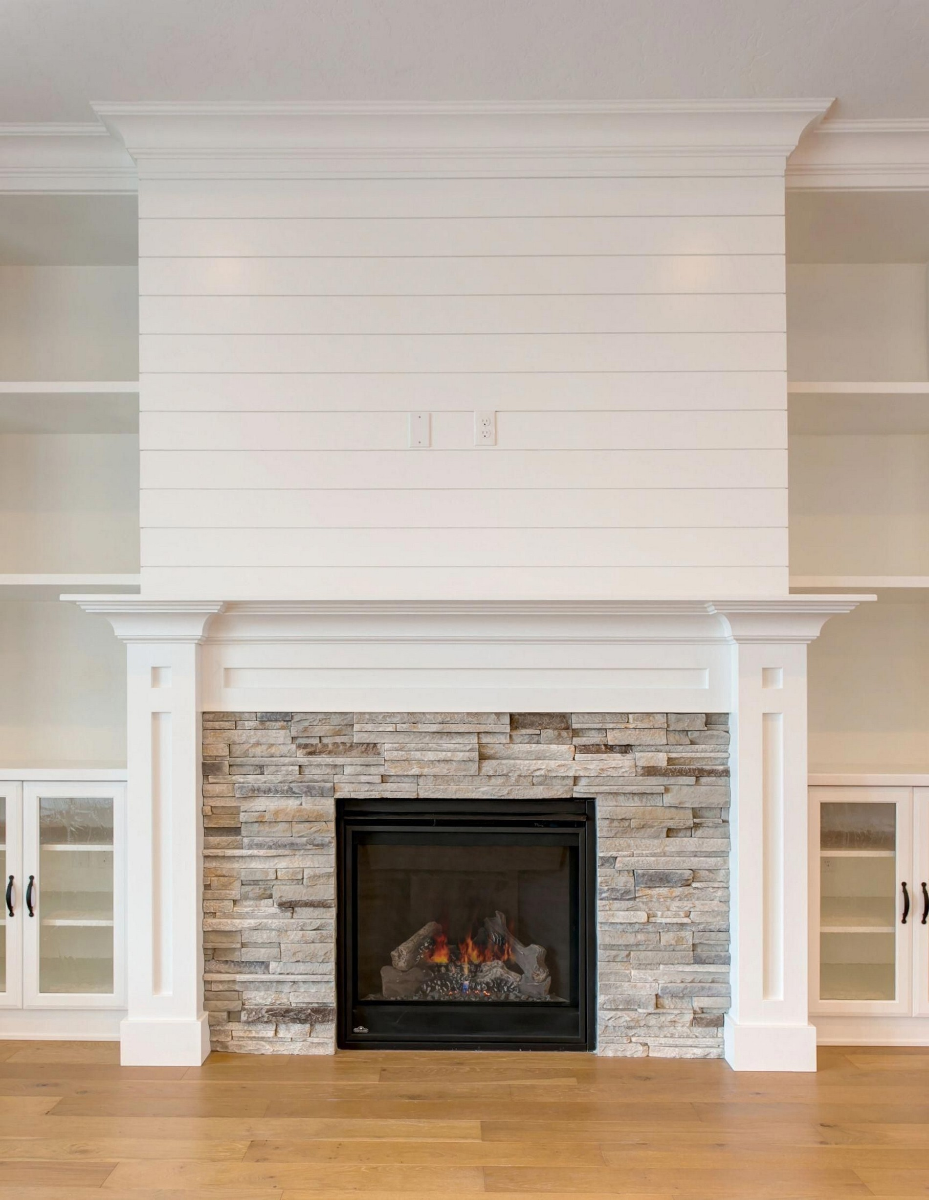 76 Stone Fireplaces The Hearth Is The Heart of The Home 17