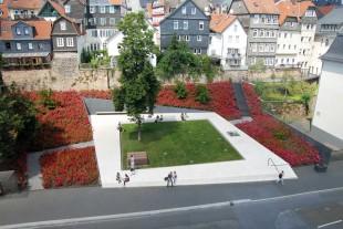 01_Marburg-Ehemalige-Synagoge_Garten-des-Gedenkens-Nutzel
