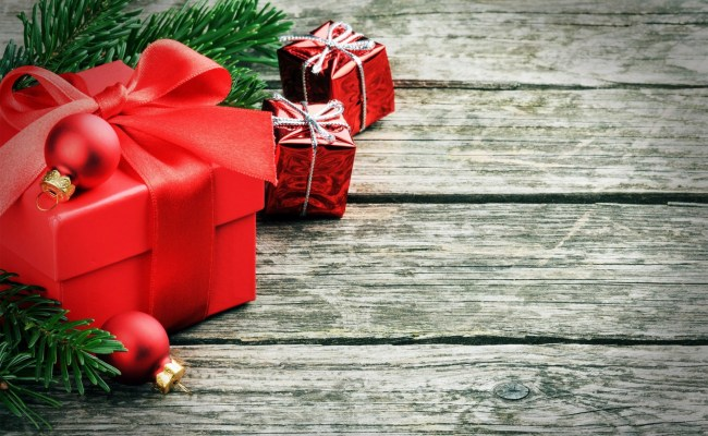 Red Christmas Presents Hd Wallpaper Hd Latest Wallpapers