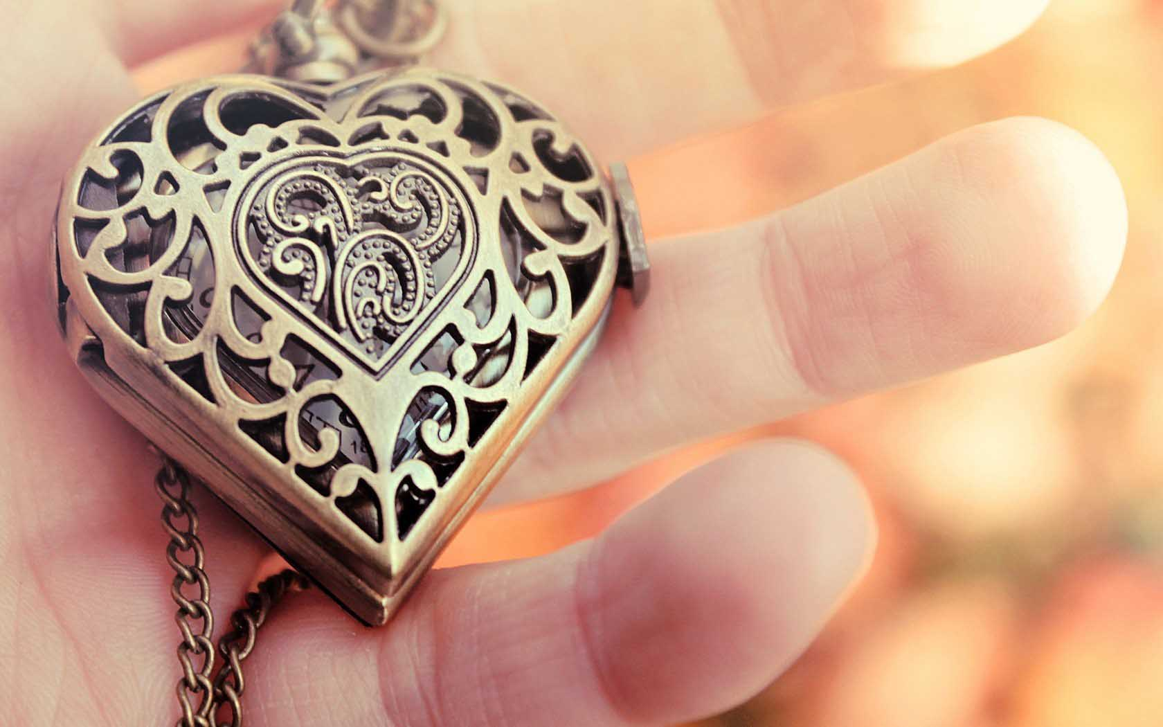 Cute Love Lockets Wallpapers Love Hearts Jewelry 25 Wide Wallpaper Hdlovewall Com