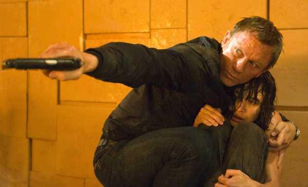 Download Quantum of Solace Full Movie 300mb