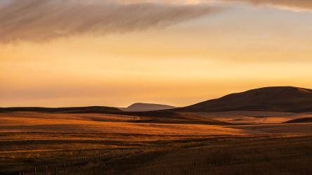 prairie plain light montana sunset wallpapers fuji 4k evening hd nature sunrise mountains imac 1080p resolution inch backgrounds retina laptop