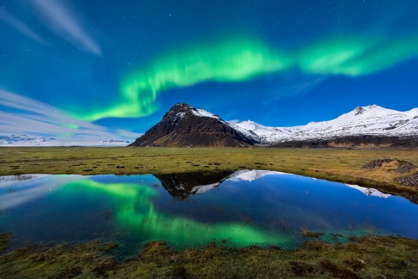 Aurora Borealis Light Mountain Nature Reflection Hd